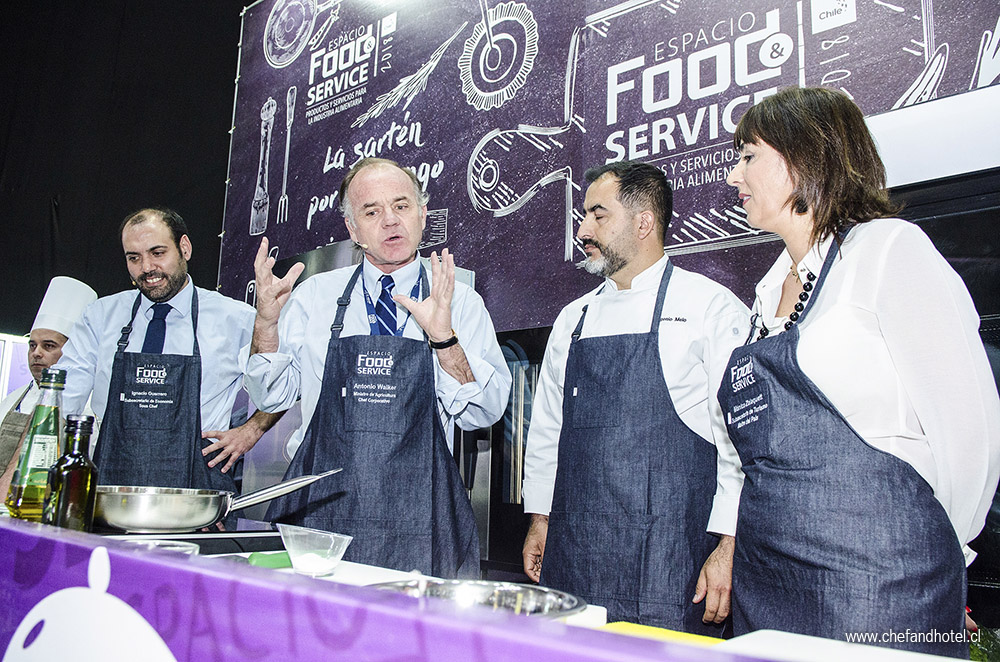 Food-and-Service-2018-11