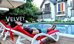 Diversidad y comodidad en el primer hotel LGTBI de Chile