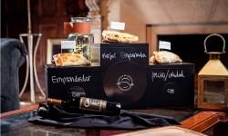 Círculo de Cronistas Gastronómicos y del Vino eligió la mejor empanada de Santiago y entregó premio a emprendedor