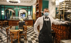 Chile oficializa protocolos para la reapertura de restaurantes y cafés
