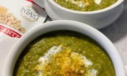 Levantemos la cuchara y demos inicio a la temporada de cremas y sopas junto a Intakt Snacks con croutons sin carbohidratos